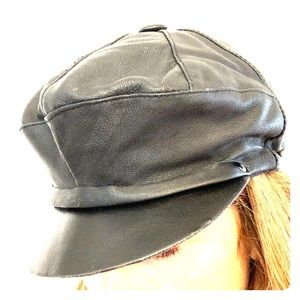 Accessories - Black leather small ladies hat
